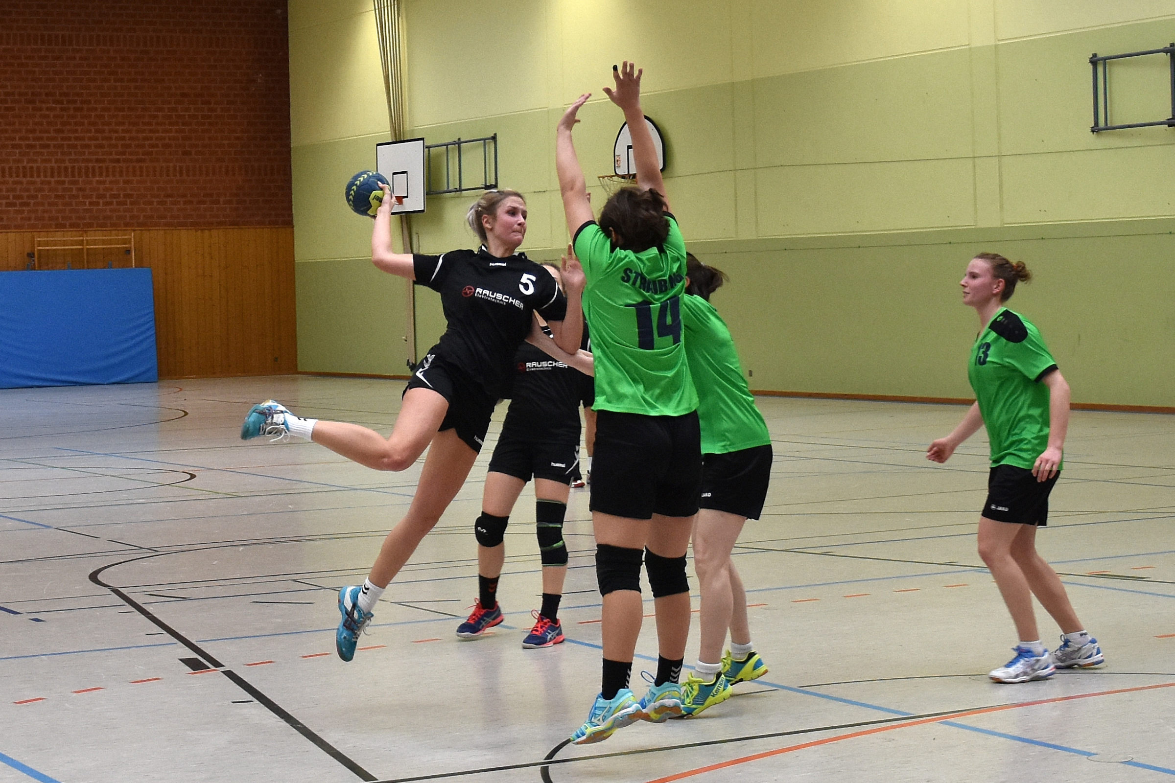 Waldkraiburger Handballdamen gewinnen erneut