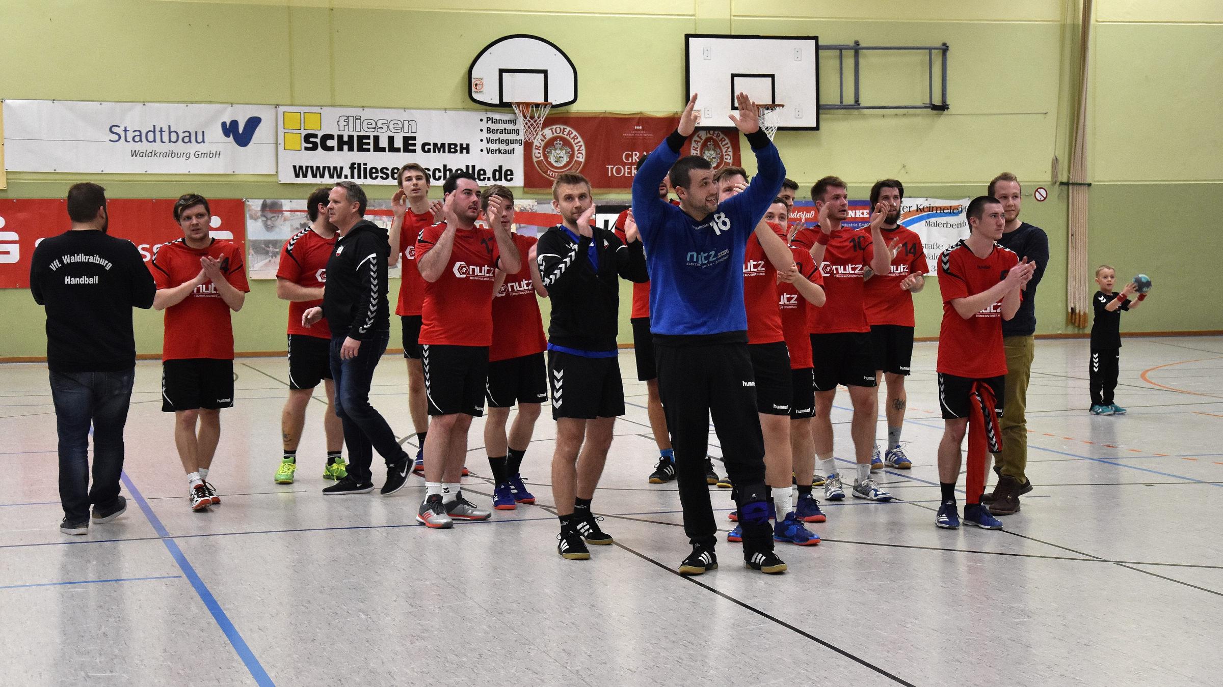 Handball-Herren trotz Heimniederlage aufgestiegen