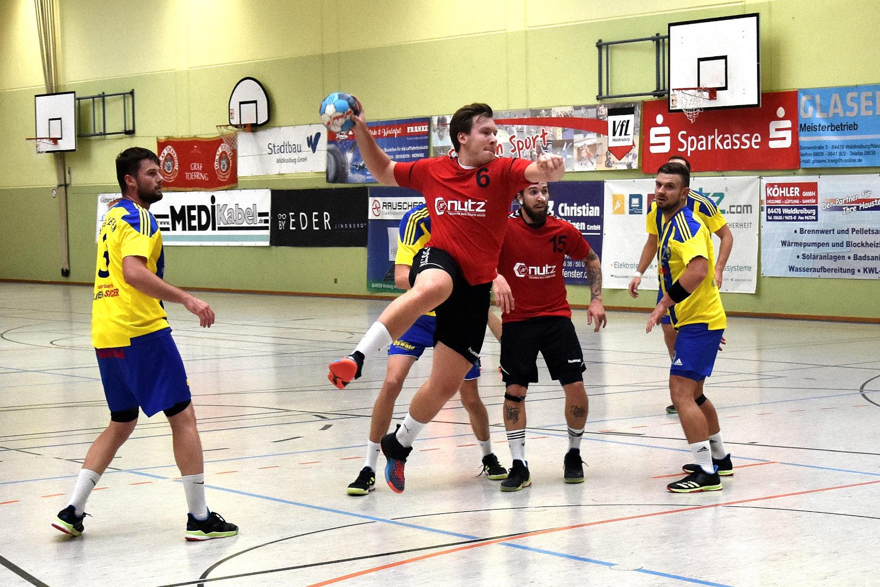 VfL Waldkraiburg verliert gegen den SVW Burghausen